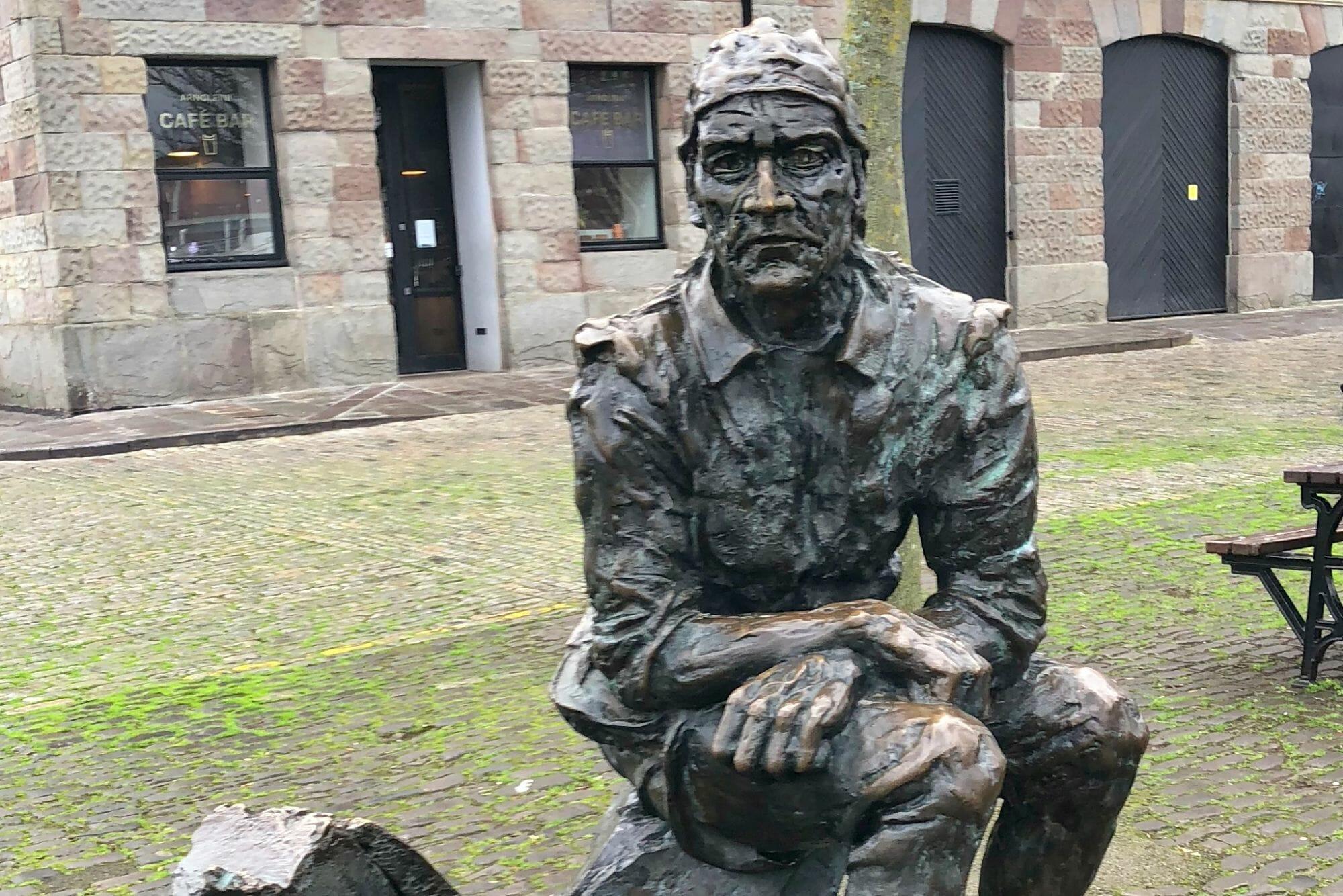 John Cabot Statue, Bristol - Front