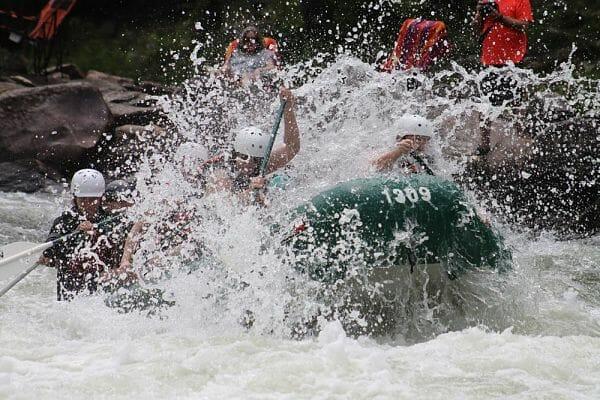 <h3>White water rafting</h3>