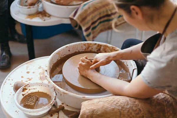 <h3>Pottery studio</h3>