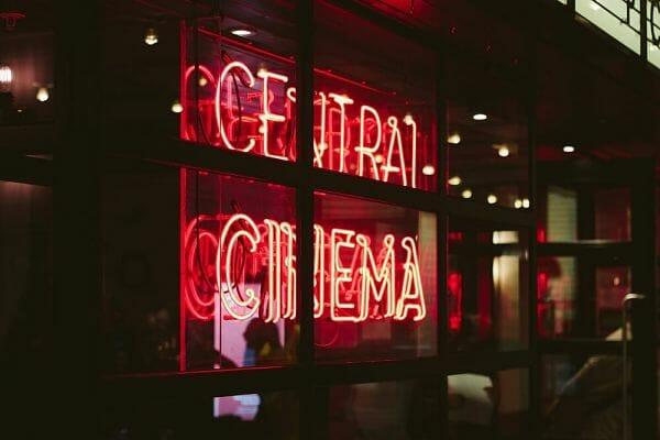 <h3>London's luxurious cinemas</h3>