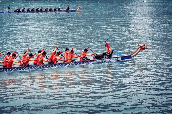 <h3>Dragon boat racing</h3>