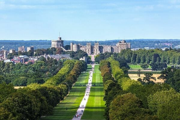 <h3>Day trip to Windsor</h3>